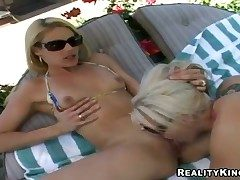 Blonde Samantha Ryan shows the brush love be proper of masturbating