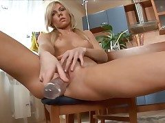 Janna fills the hole between her legs in the matter of sex toy
