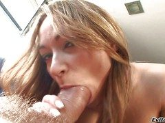 Fervent low-spirited Sara May gievs blowjob united on every side big dicked Nacho